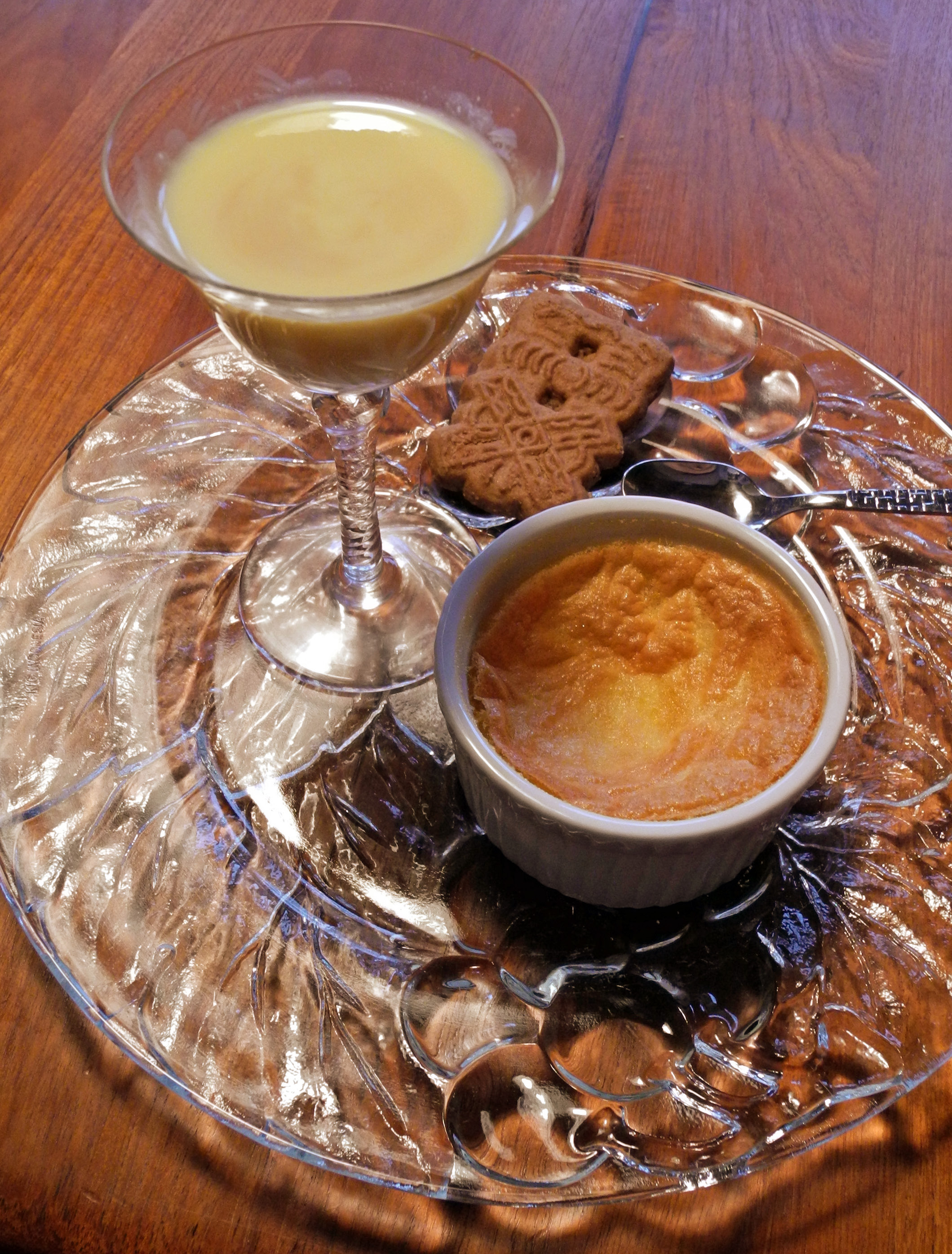 Custard fight! Stirred… or baked? | Cook Up a Story