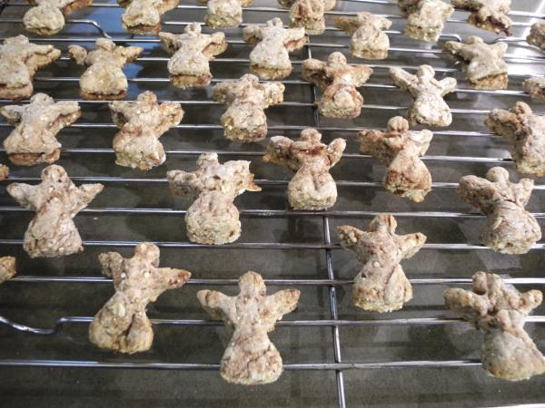 Tea biscuit angels