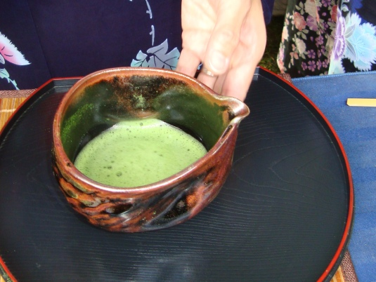 Matcha (powdered green tea), Herbal, grassy