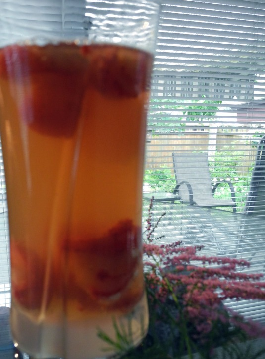 Pomegranate tea beats the heat!