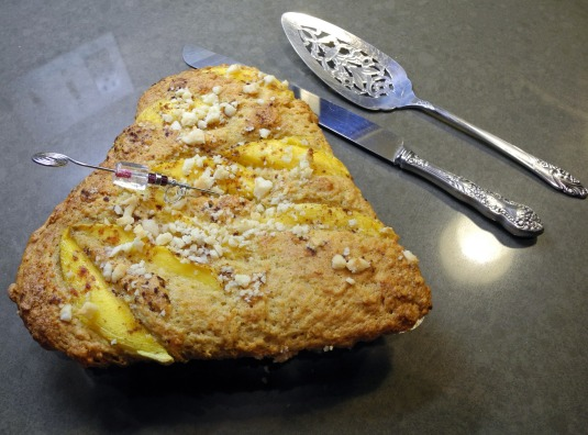 Macadamia nut tea cake