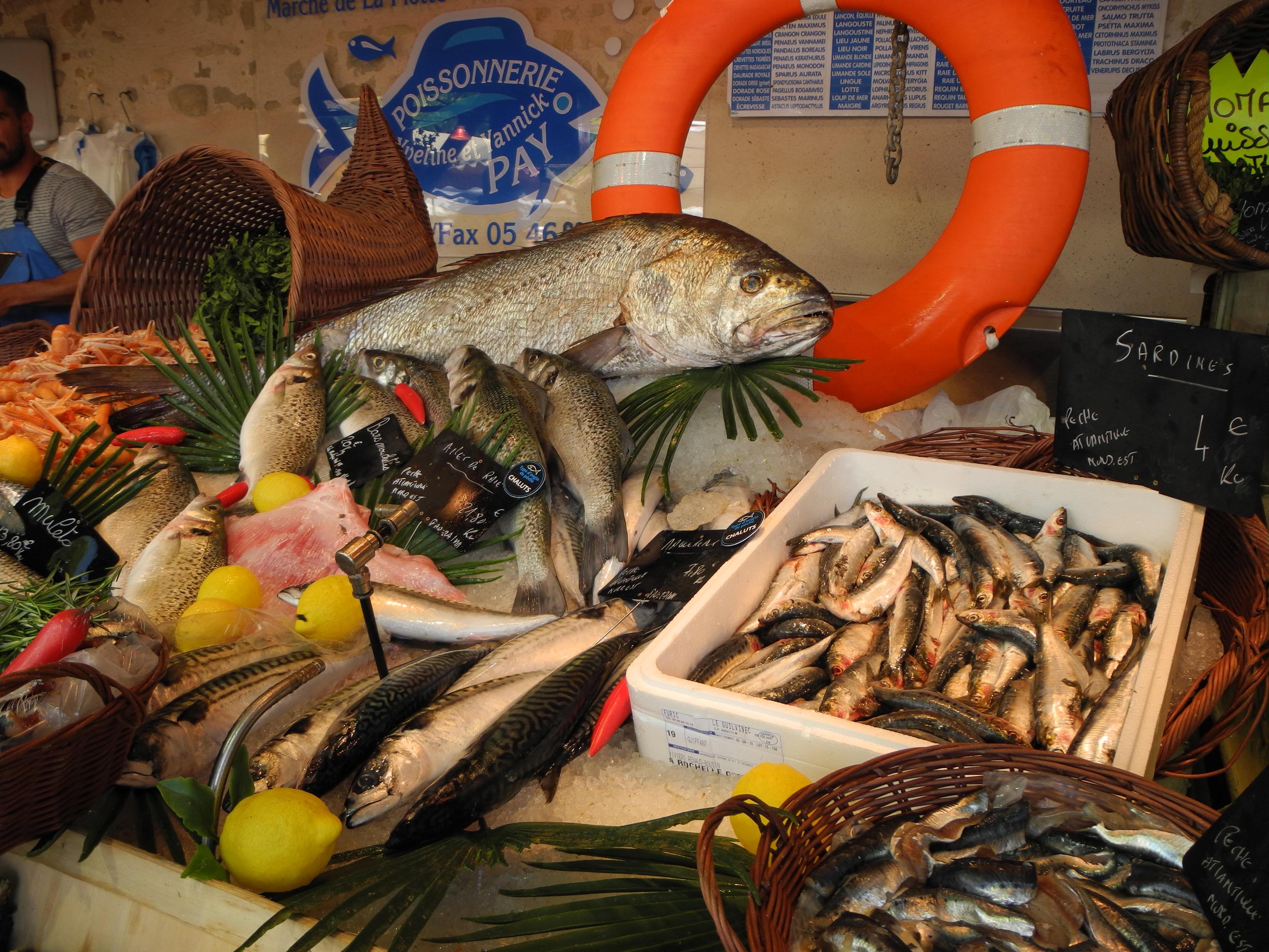 Ile de Re: Fish market