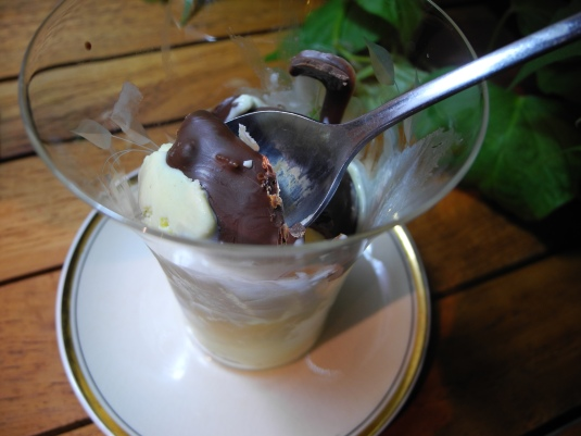 Black ice - chocolate magic