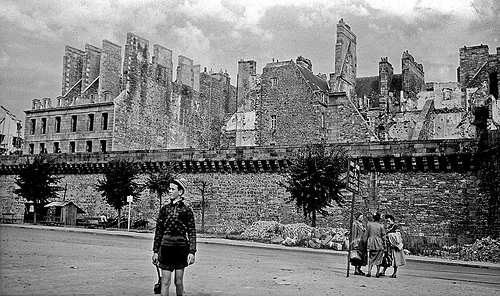 Saint Malo, after the bombing and resulting fire