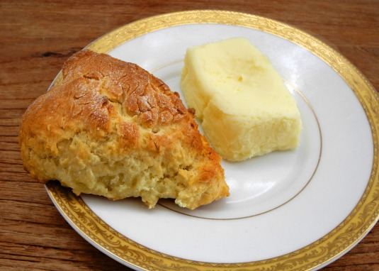 Scone with cottage butter