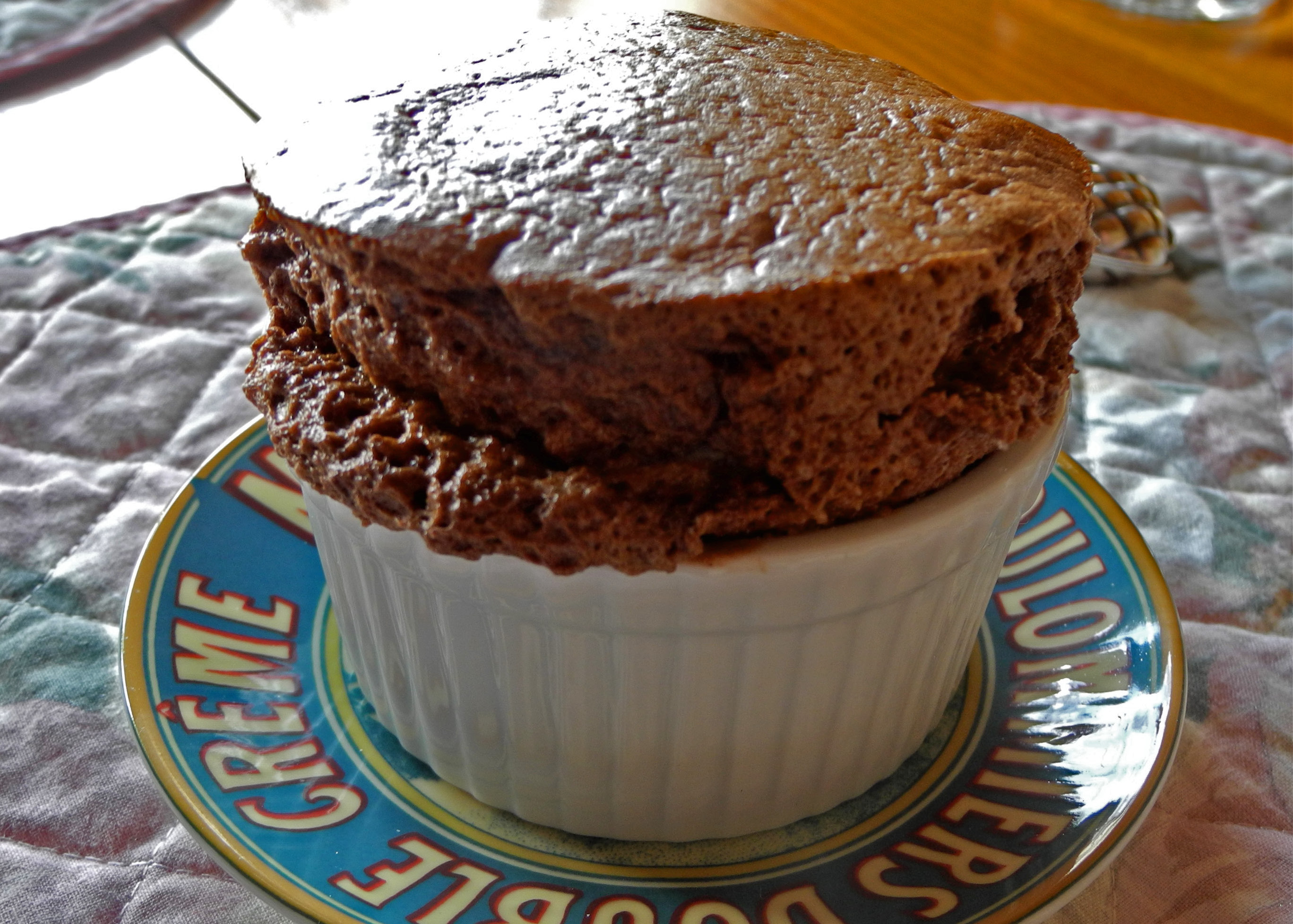 chocolate souffle - presentation (serving)